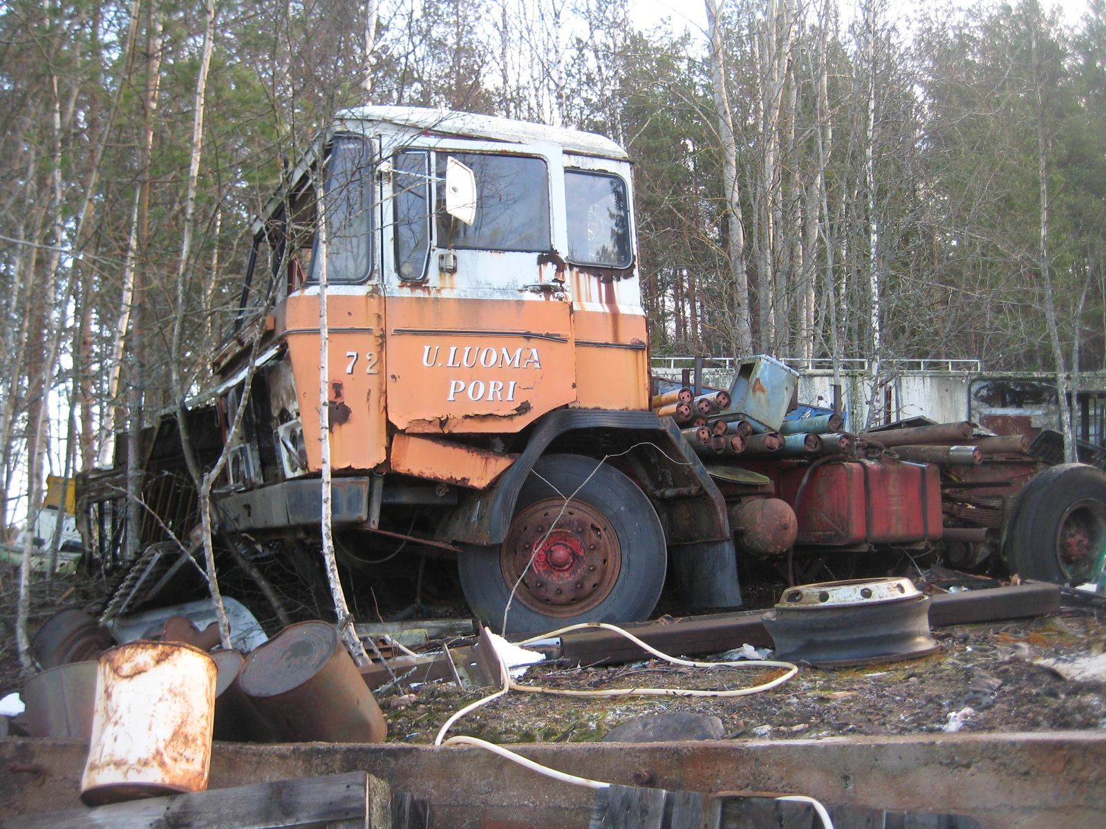 Daf-2600-in-rust-