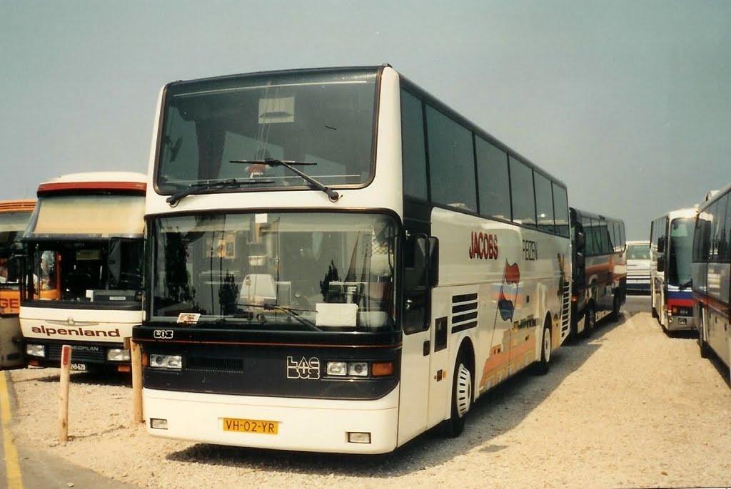 Jacobs-1990-64--2