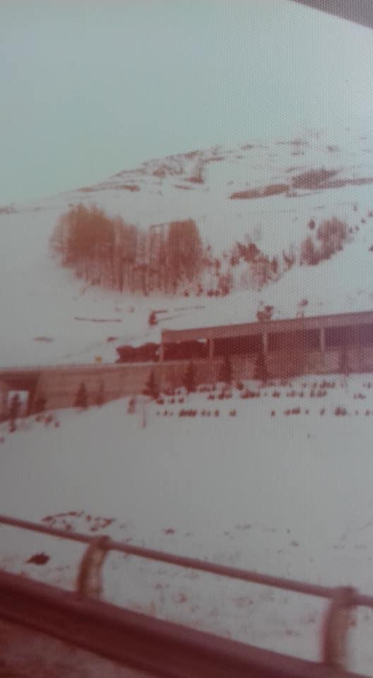 Rene-Hameleers---Beetje-ijs-op-de-weg-richting-Bernard-tunnel-eindelijk-galerij-in-zicht-3