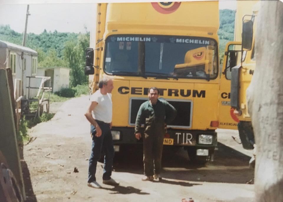 Hakan-Kale-Mugur-Ozeskici-oom-en-vaste-broer-1986-bulgarije--1