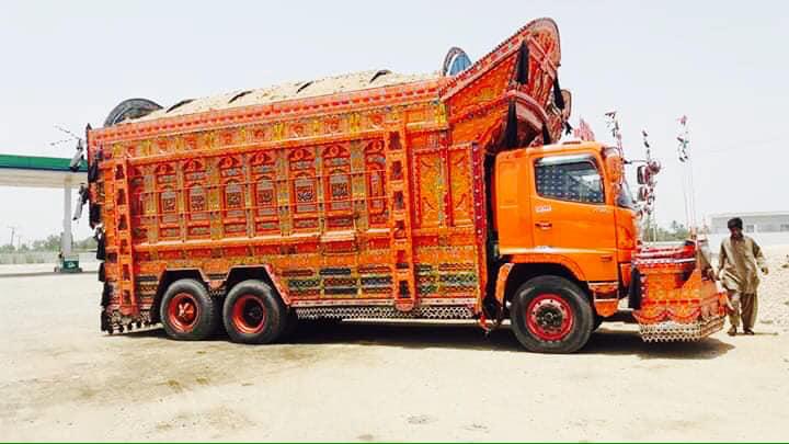 truck-6X4