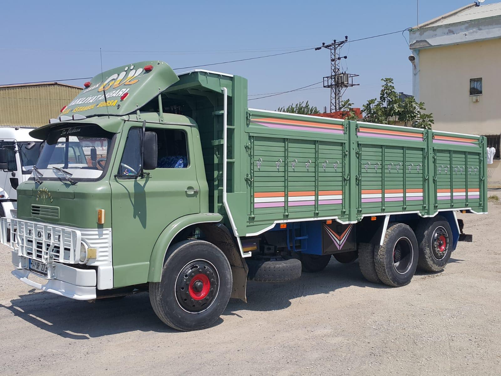 Ford-D-1210-Unal-Arac-photo-1