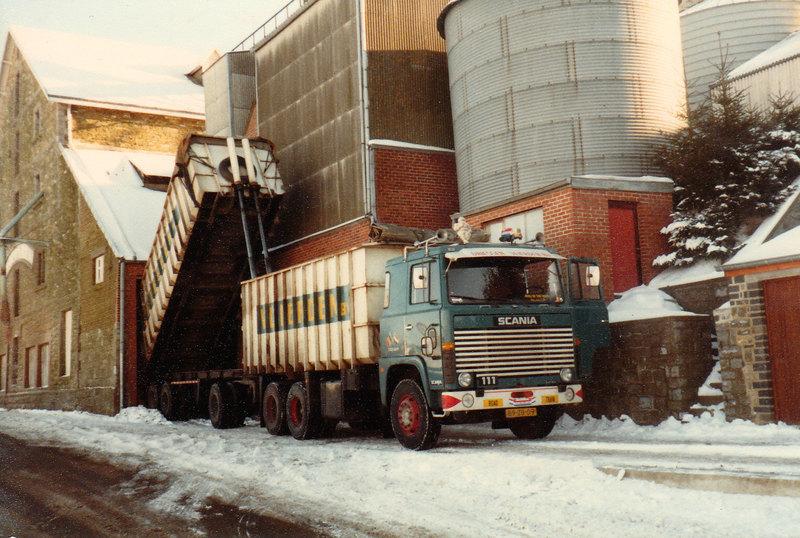 Scania-111-Kieper-combi-Driessen-