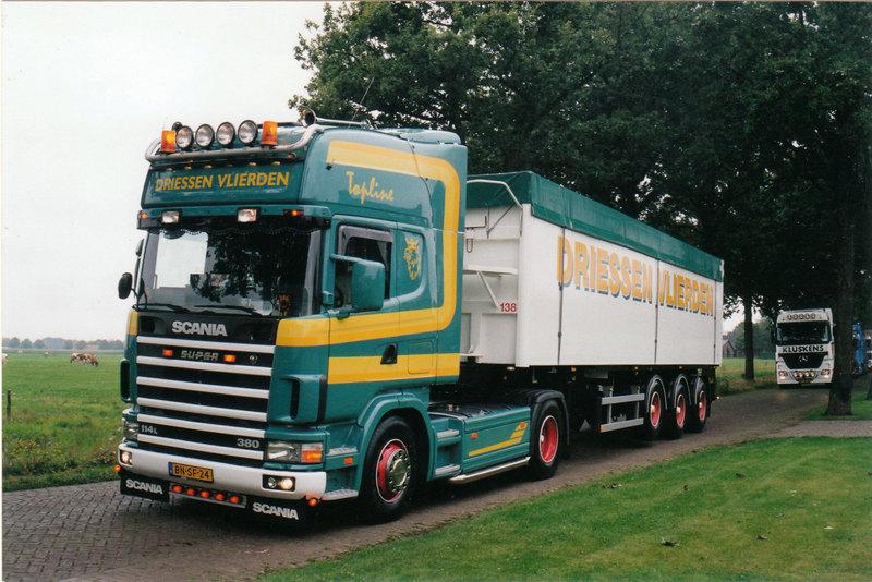 Scania-BN-SF-24-Truckshow-