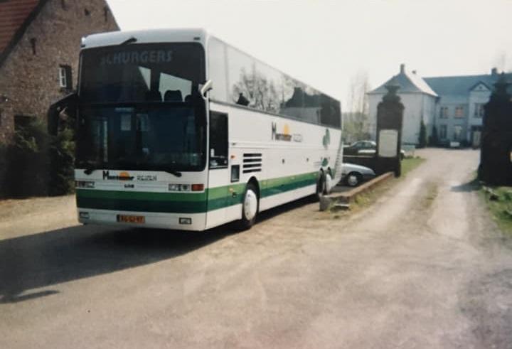 nr-45-bij-kasteel-Horn-Chauffeur-Guy-Knubben--