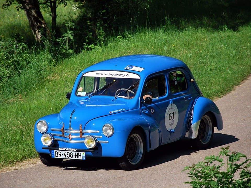 Renault---4