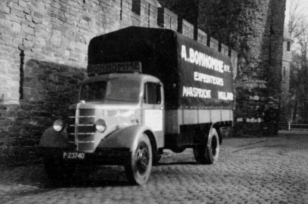 De-chauffeur-destijds-was-Nic-Lardenoye