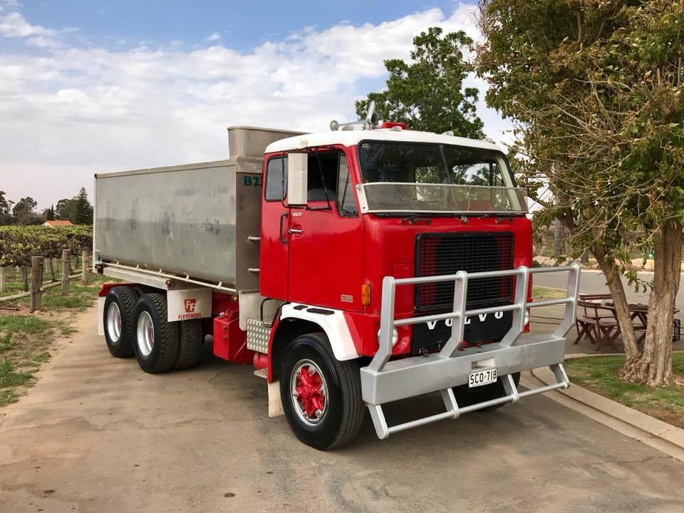 Volvo-F88-6X4-
