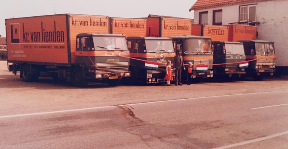 Kr--van-Lienden-transport---expeditie-uit-Elst--Utr-
