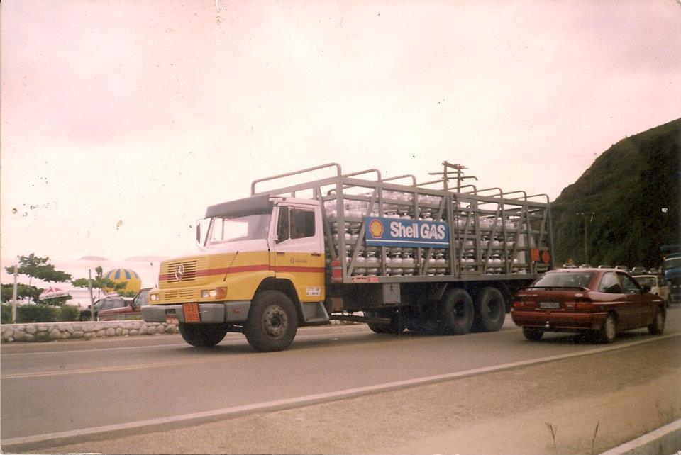 Mercedes-Gas-