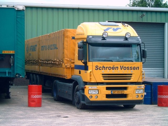 Iveco-Stralis-AT-440S40-