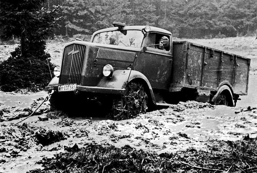 Opel-Blitz-Hans-Holleman-archief--1