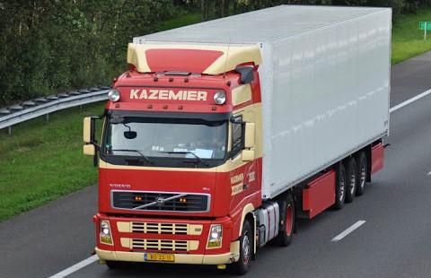 Volvo-truck--2