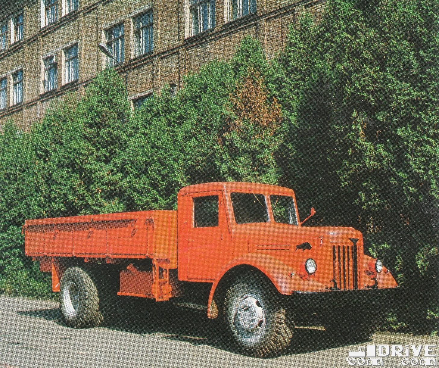 MAZ-200--
