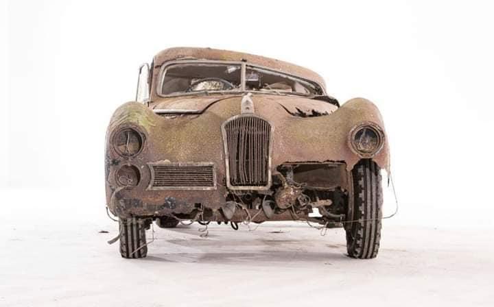 Talbot-Lago-Grand-Sport-SWD-1949-4-van-gemaakt-deze-is-ernog-en-voor-1.9-miljoen-dollar-verkocht--2