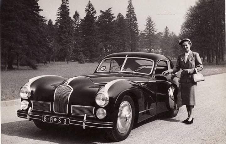 Talbot-Lago-Grand-Sport-SWD-1949-4-van-gemaakt-deze-is-ernog-en-voor-1.9-miljoen-dollar-verkocht--3