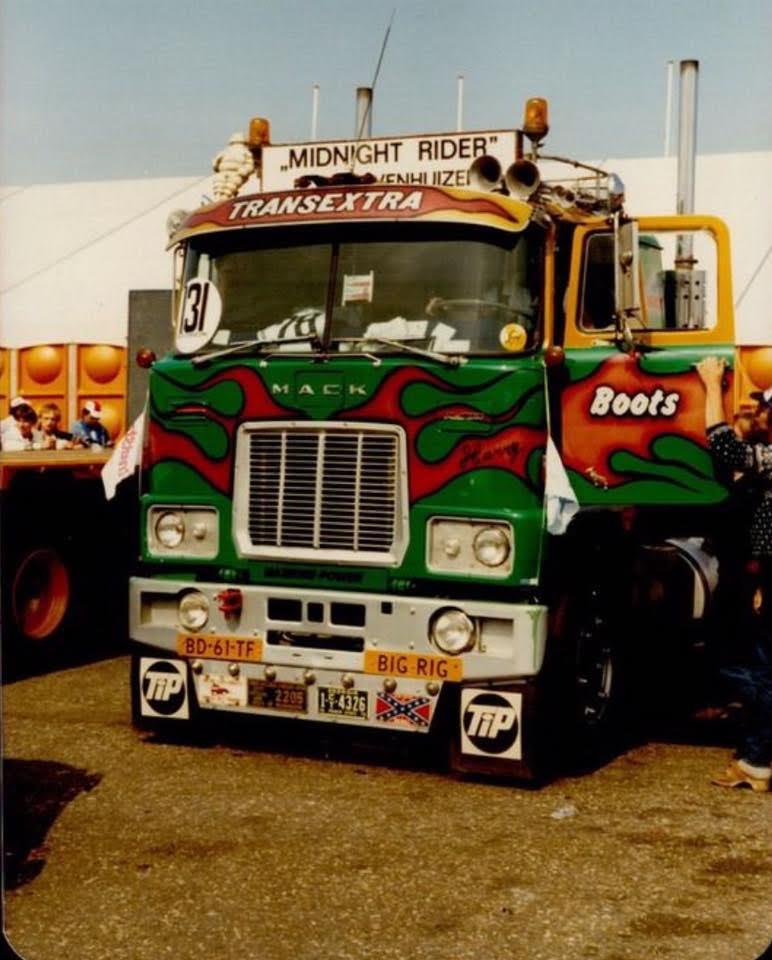 1981-Mack-Zandvoort-chauffeur-Harrie-Nan--