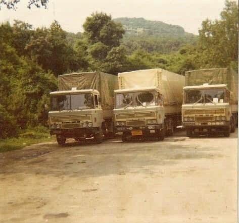 3-x-DAF-2600-onderweg-naar-Midden-Oosten-ca-1973-1974-chauffeurs-onbekend