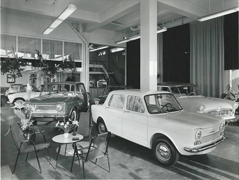 Simca-garage-met-voorop-1000-GLS-1969-