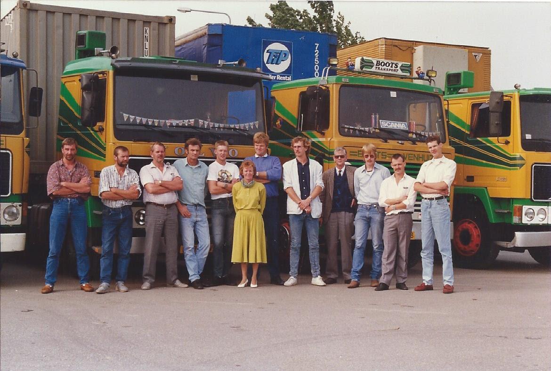 groepsfoto-1989-Cees-Koelemeijer---Piet-Koelemeijer--Cor-Smit----------------Henk-Stoffers--Rob-Boots--Gerda---Kees-Duin-Herman-Haaima-Theo----------------Portegies---Sjoerd-Woudstra---W