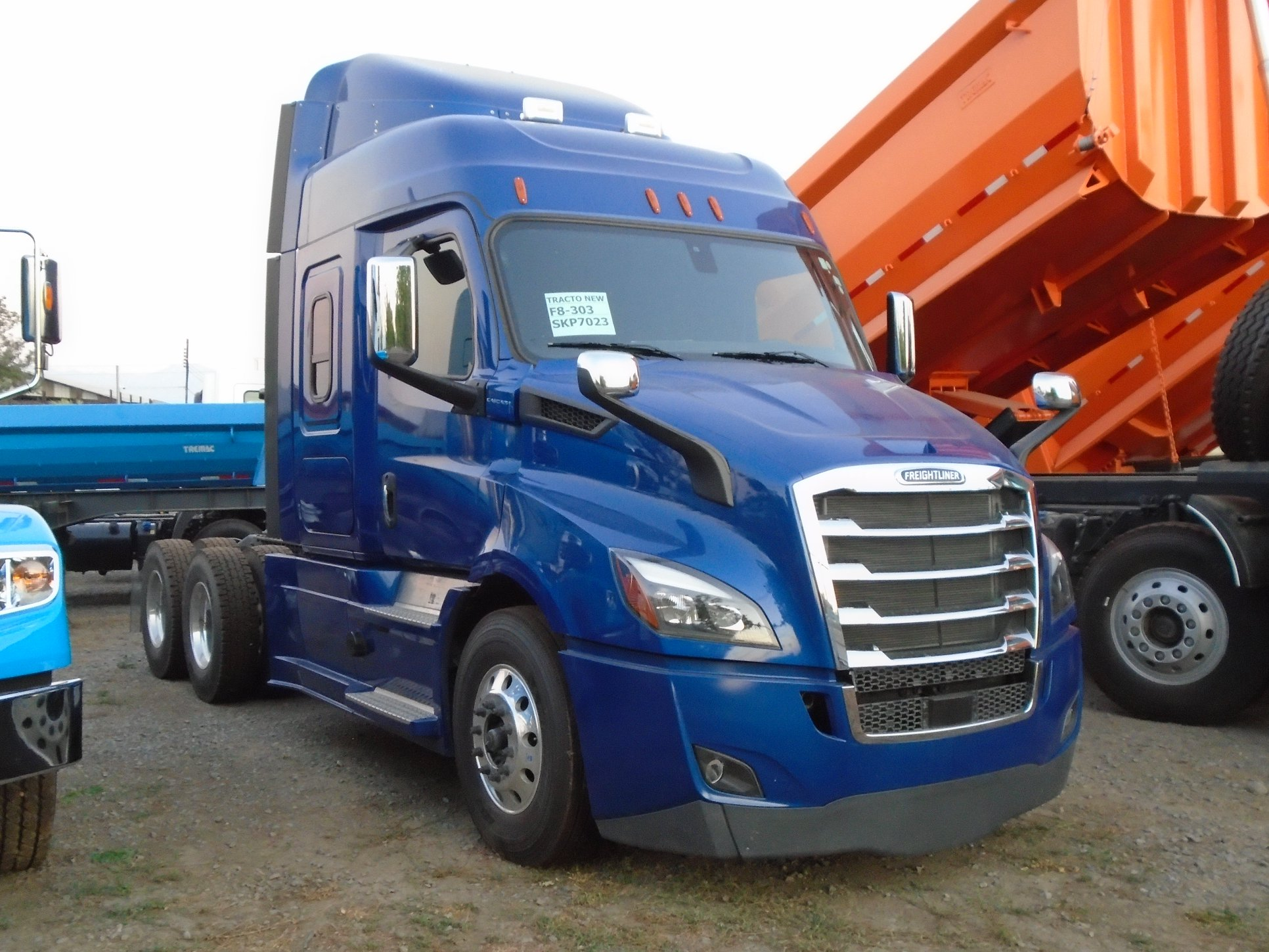 FREIGHTLINER-CASCADIA-116-DDC-6X4-TRACTOR--2019-