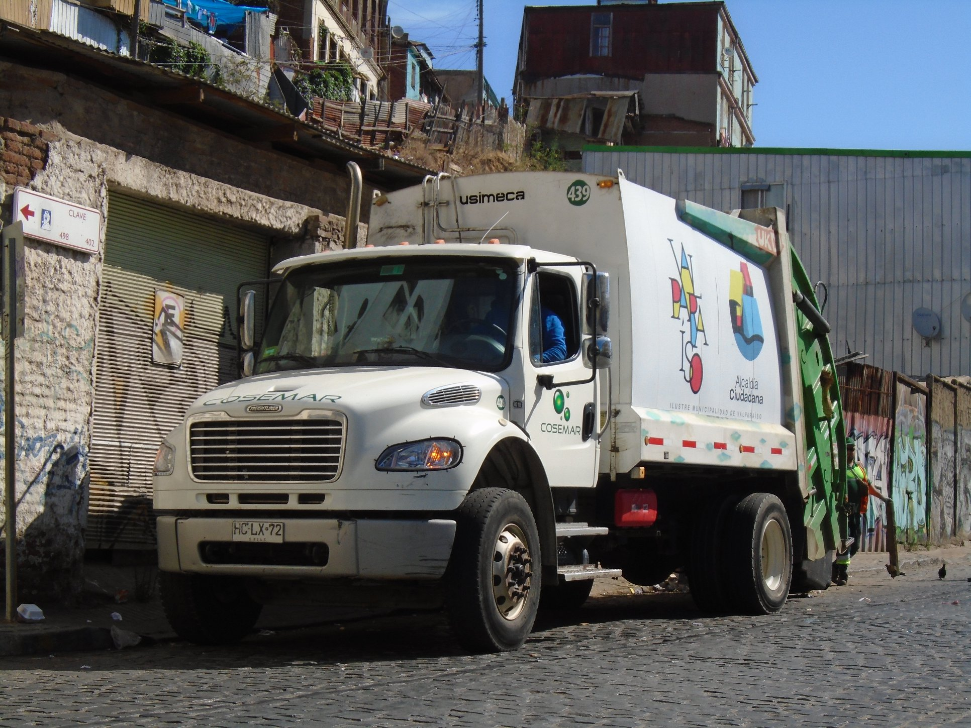 FREIGHTLINER-M2-106-MBE-4X2-CAMION-RECOLECTOR-No-439--2015-