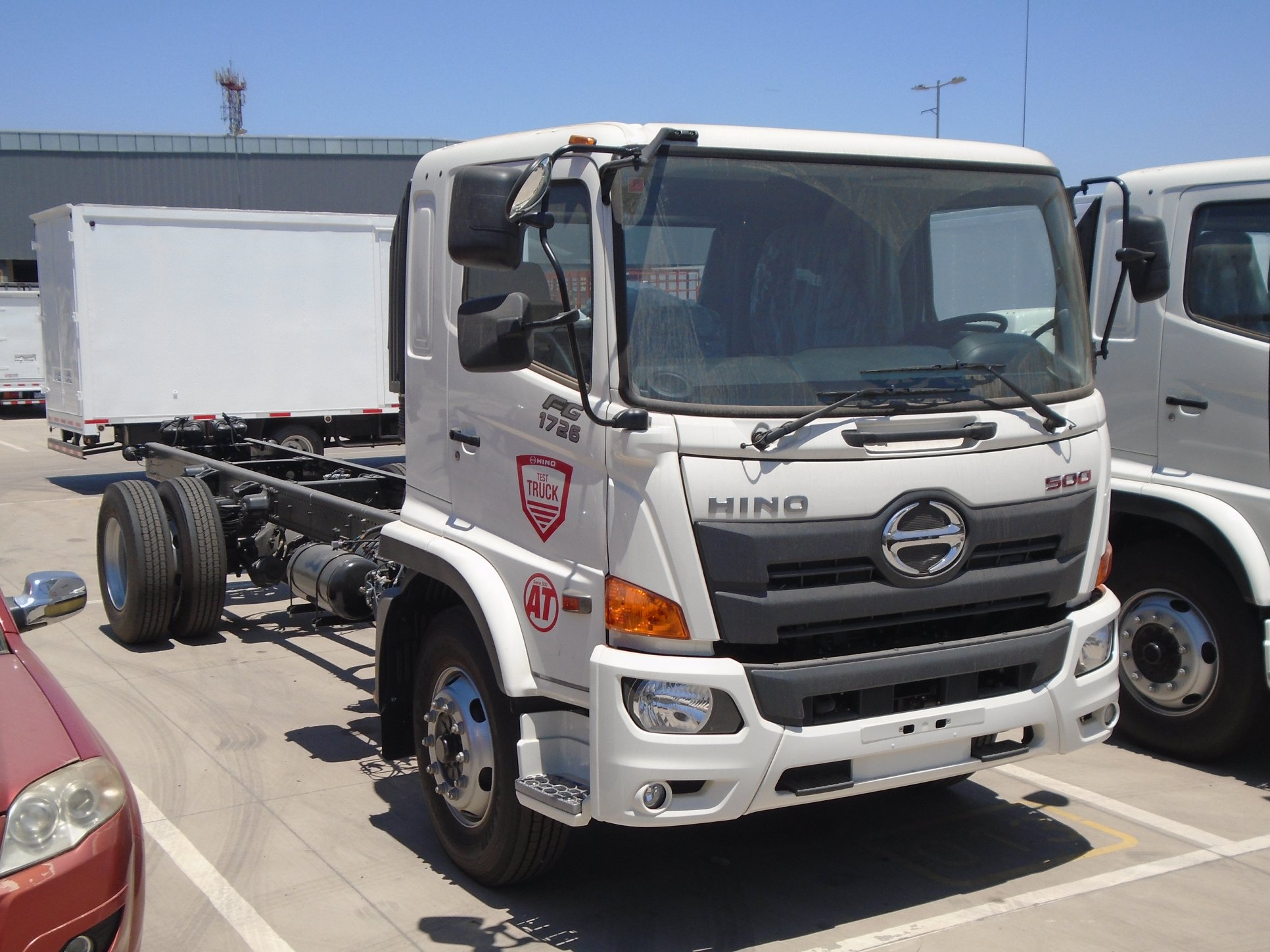 HINO-SERIE-500-FG-1726-AT-4X2-CAMION--2019