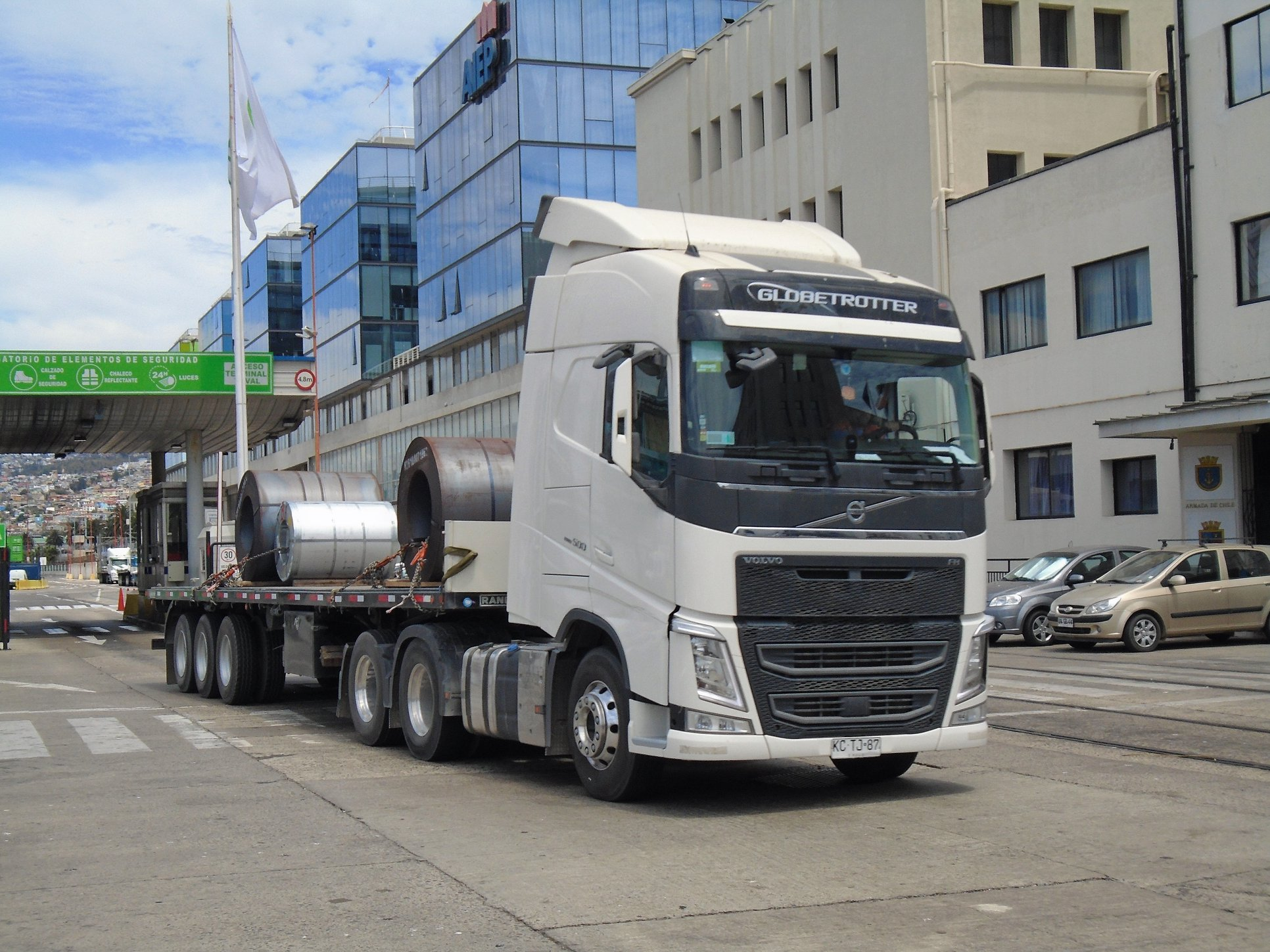 VOLVO-FH-500-i-shift-GLOBETROTTER-6X2-TRACTOR--2018