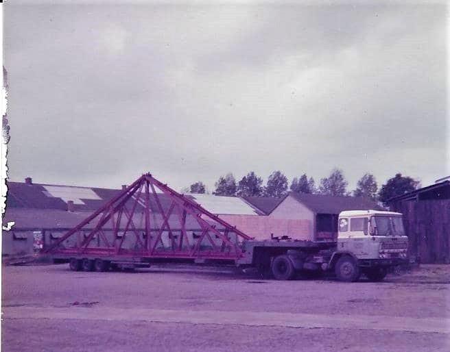 DAF-2600-met-vrachtje-staal.-Jij-weet-hier-vast-meer-van-Piet-Schouten