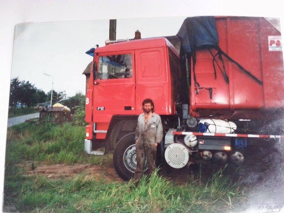 Henk-van-der-Weide-s-zoon-stuurde-deze-oude-foto-s-door--onderweg-met-de-8