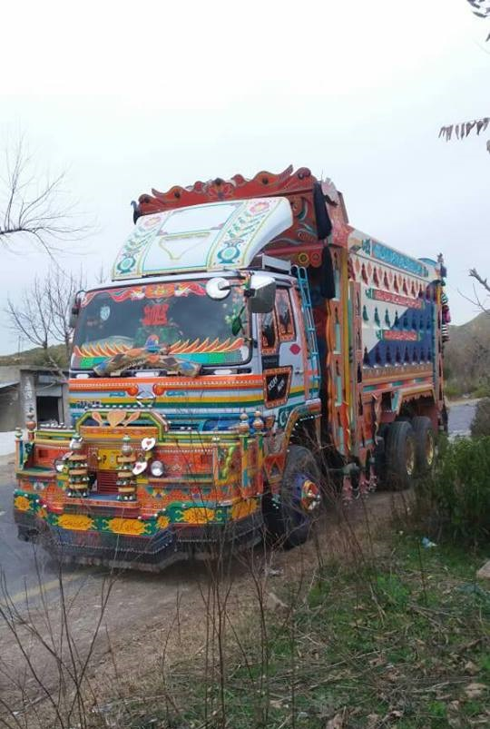 Hino-Truck-