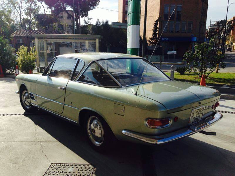 FIAT-2300-S-COUPE-BY-GHIA--1966--2