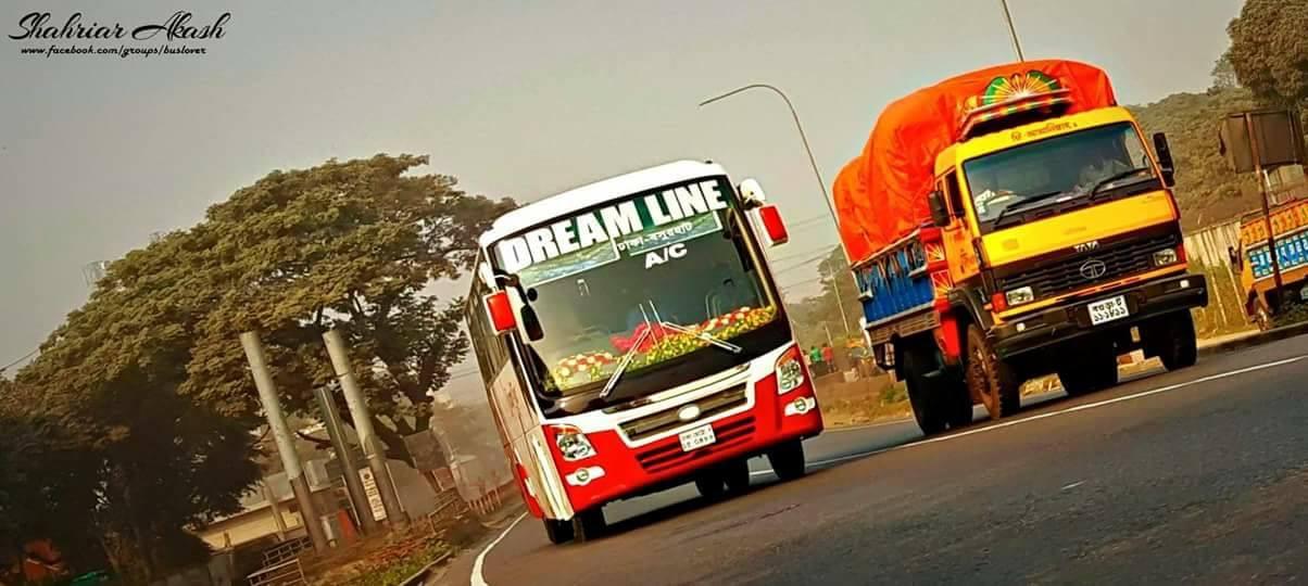 Coach--Truck-Tata-