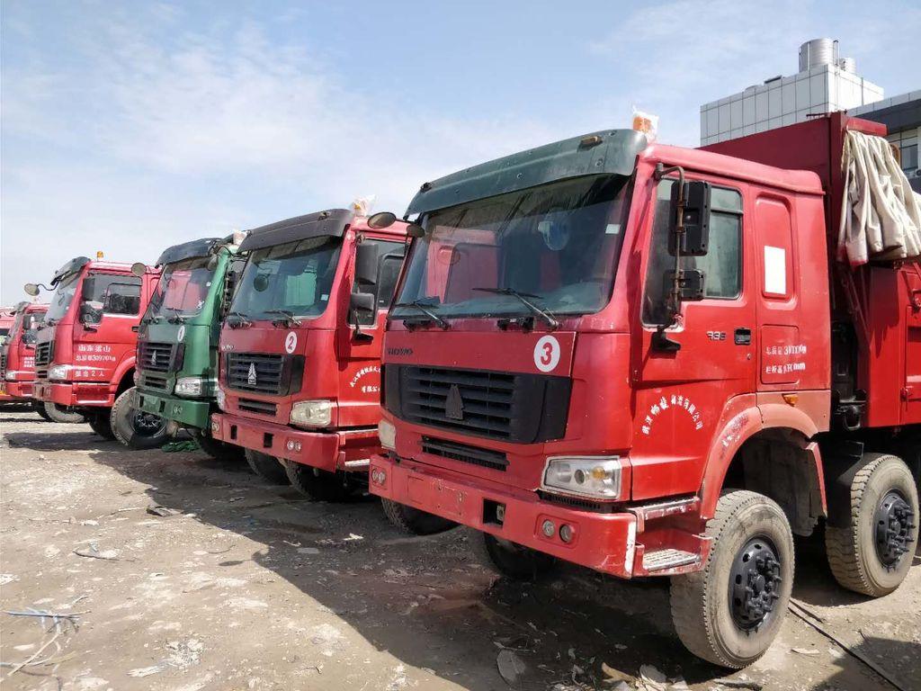 HOWO-12-wheel-HOWO-trucks-