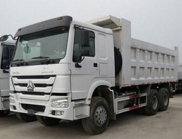 Howo--trucks--9