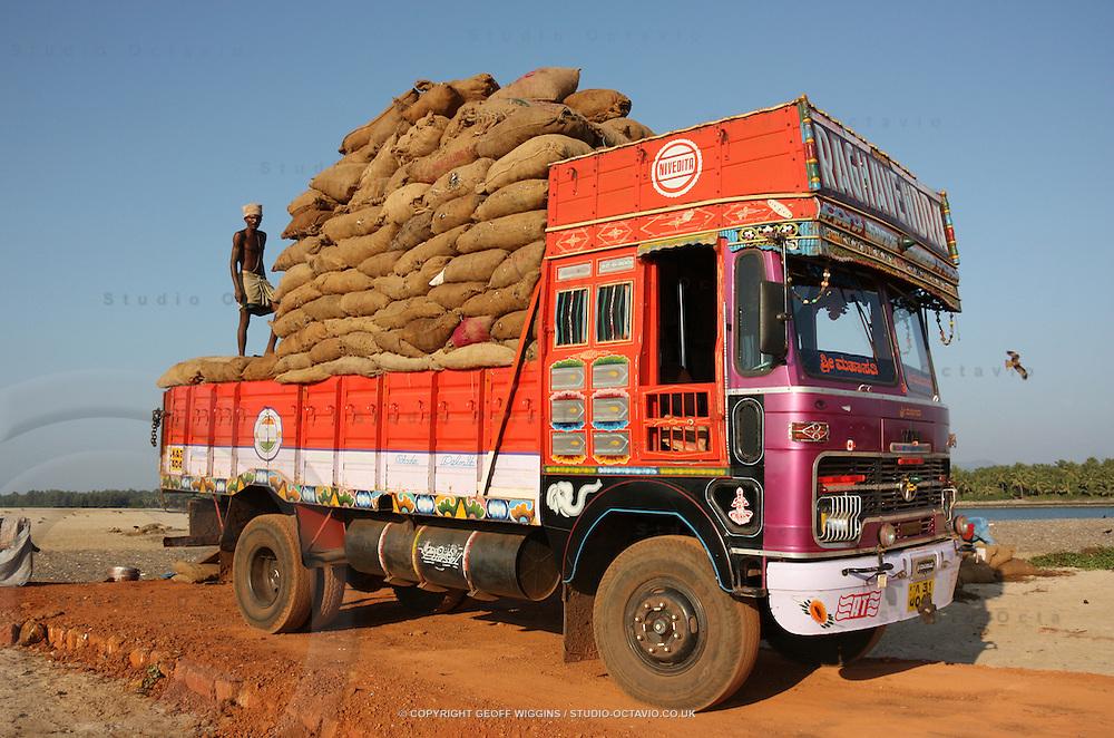 Mix-truck--coach--14