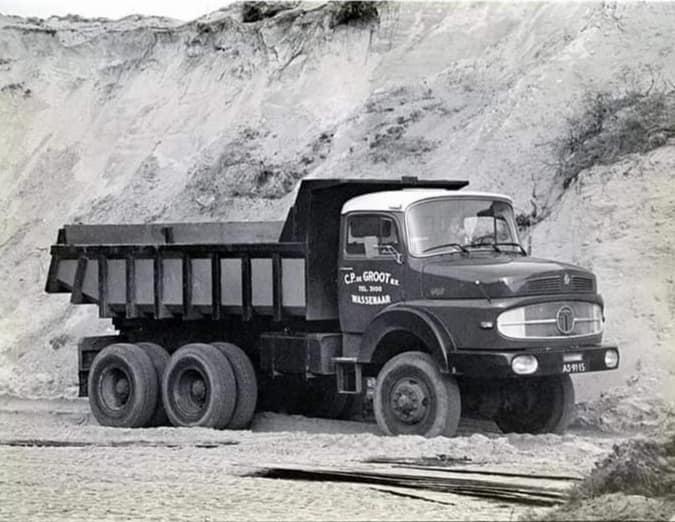 Dick-Donath-Ben-ik-ook-in-de-duinen-achter-rijksdorp---Terberg-SF-1200-