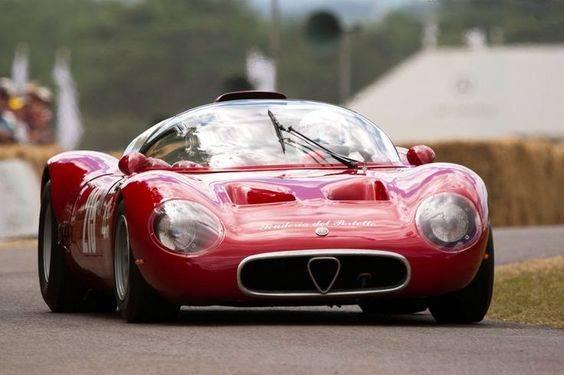 1966-Alfa-Romeo-33-Periscopica-Spider-1