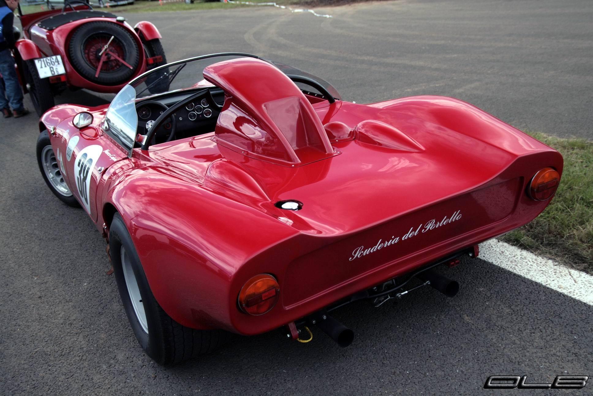 1966-Alfa-Romeo-33-Periscopica-Spider-2