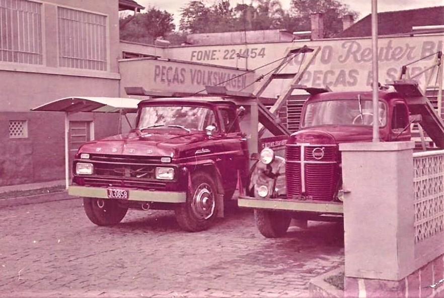 Ford---Volvo-