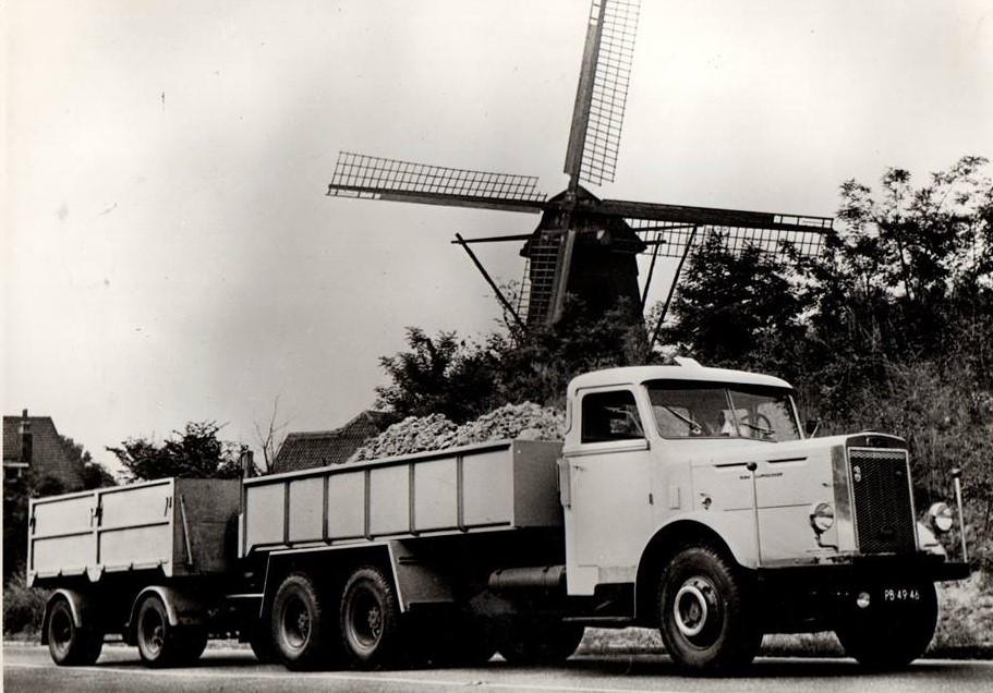 Leyland--chauffeur-Poel-