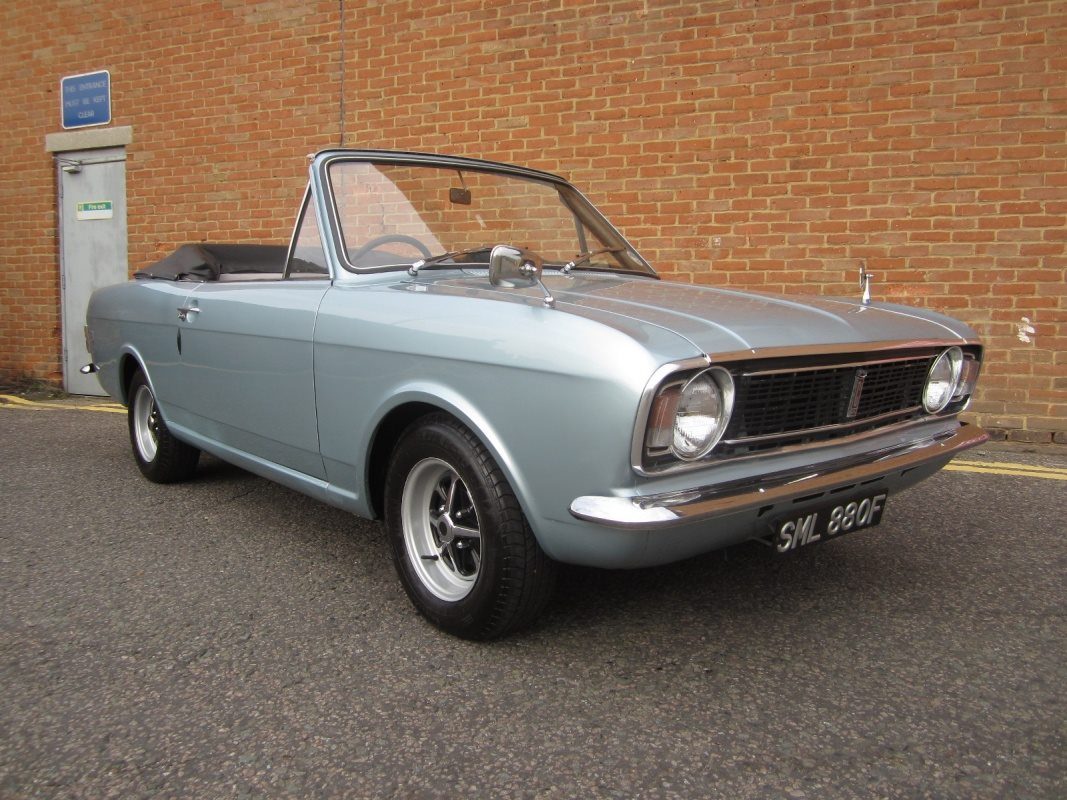 FORD-CORTINA-1500-GT-CONVERTIBLE-BY-CRAYFORD---1967--1