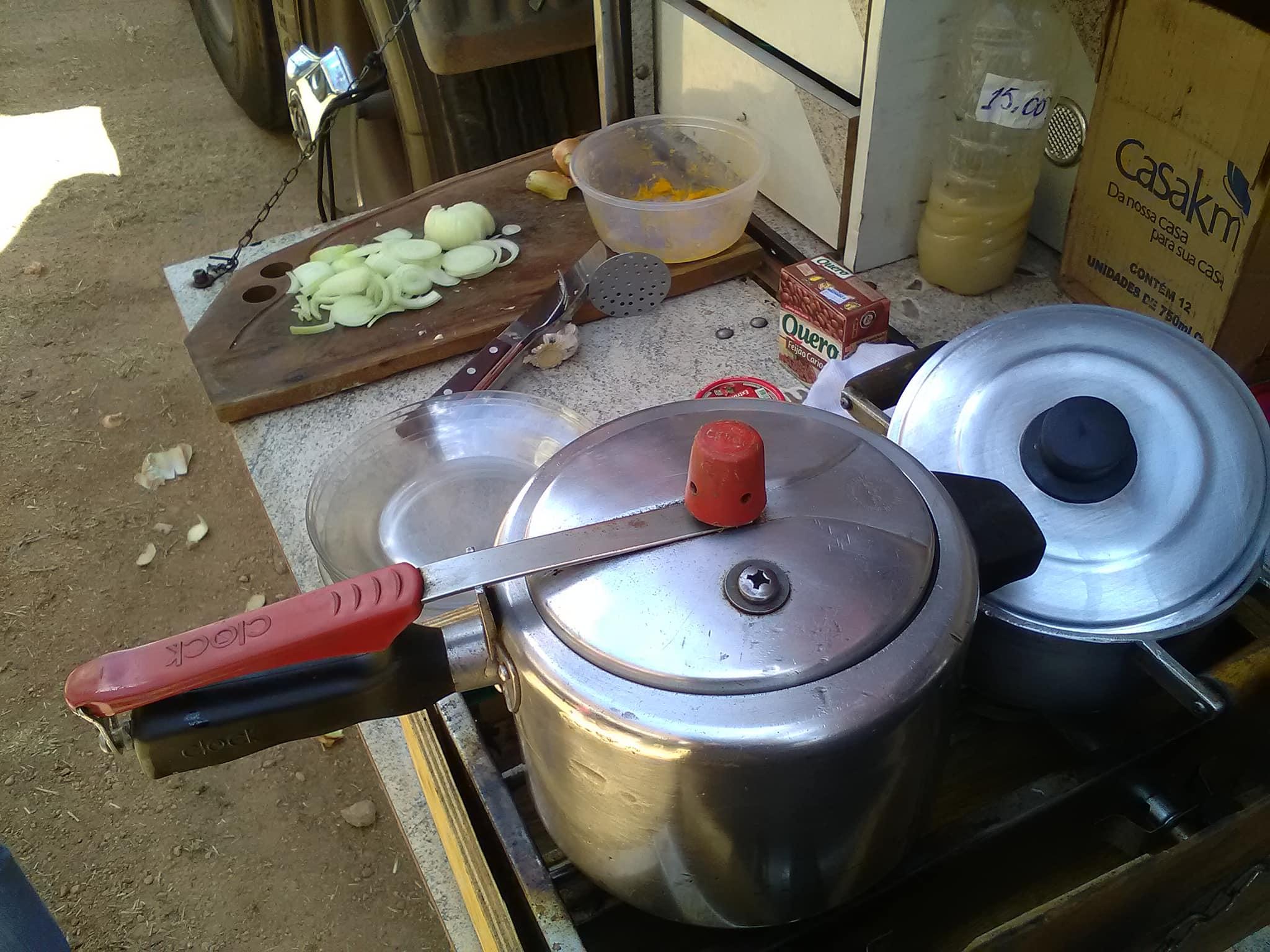 Onderweg-zelf-koken--met-fijne-andere-chauffeurs-1