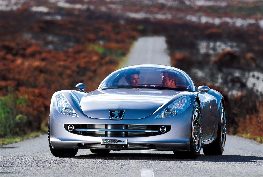 Peugeot-607-Feline-Concept--2000--1