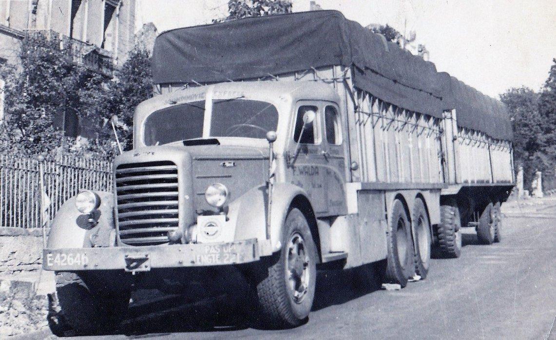juli-1945-chauffeur-O-v-d-Mossel--Jan-Delmte-foto-