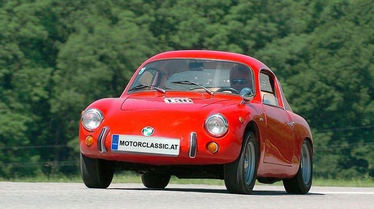 -Steyr-Puch-IMP--kort-voor-Intermeccanica-Puch--was-een-aluminium-tweezits-coupe-met-een-topsnelheid-van-160-km-(2)