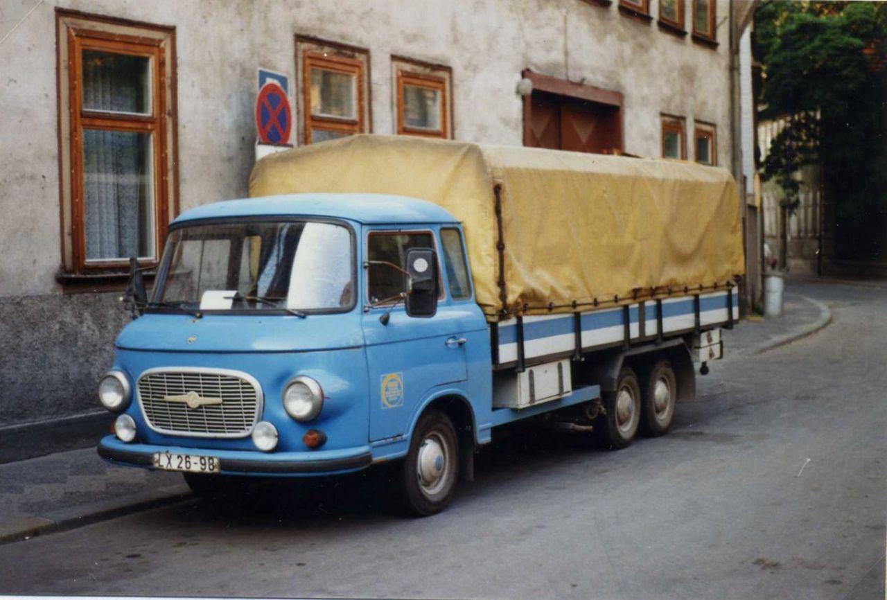 1989-Barkas_B1000_twin-axle_LKW_LX_26-98-Erfurt-_DDR