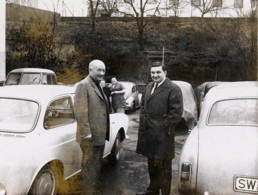 Vossiek--H-VW-Dealer-Schweinfurt-(4)