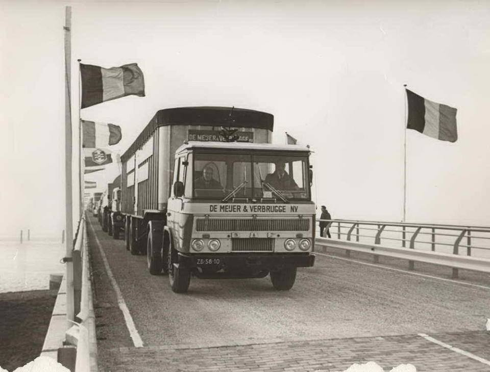 DAF-2600-1965-opening-Zeelandbrug-Willem-de-Jonge