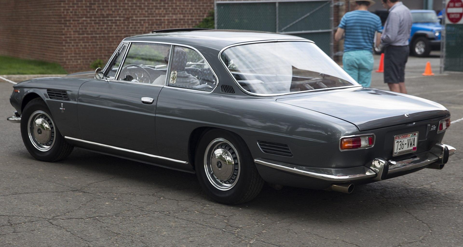 1964_Iso_Rivolta,_rear_left_
